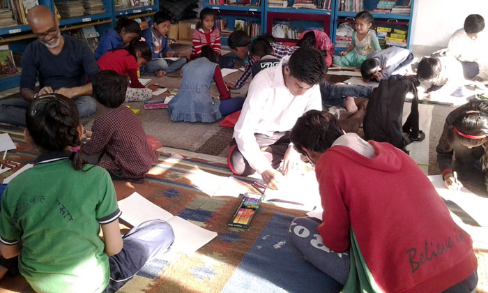 Drawing is fun: Children love Alok Johri!!